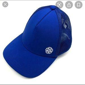 NEW Lululemon Limited Edition Hat, size M/L